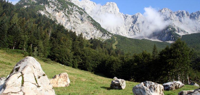 Ellmau, Austria - Wilder Kaiser mountain view.jpg